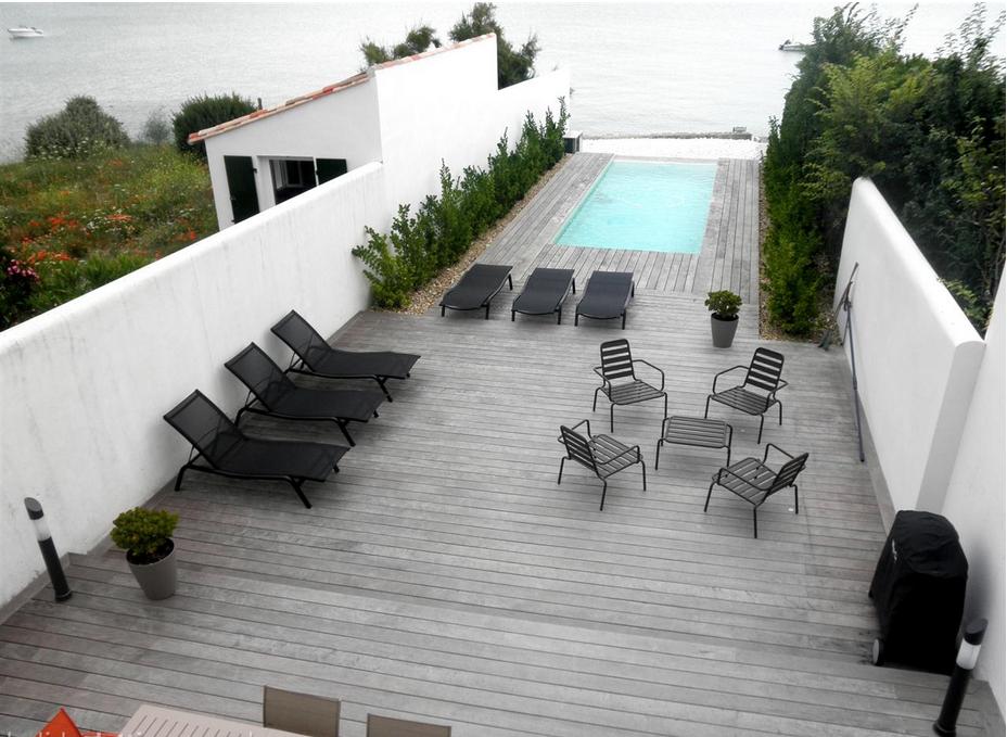 Services pour villa avec piscine sur l'ile de Ré